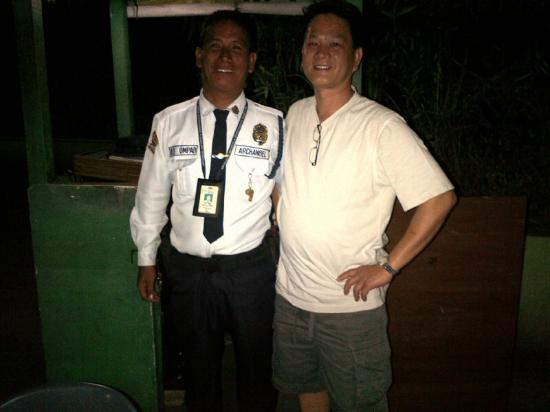 Mango Park Hotel: Nice security guard - Ray