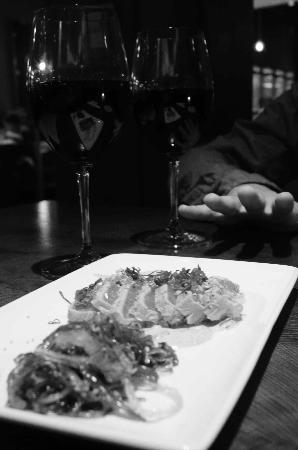 P.F. Chang's: Seared Ahi Tuna with some excellent Australian wine..