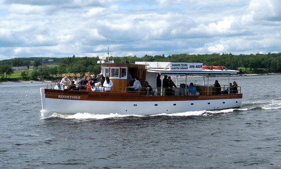 M/V Rendezvous: Rendezvous carries up to 36 guests on tours of Rockland Harbor.