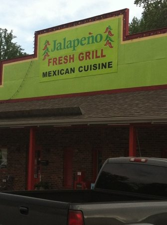 Jalapeno Fresh Grill: Front sign