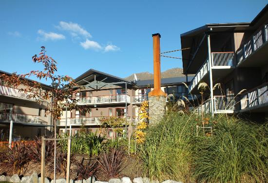 Shotover Lodge - Side View