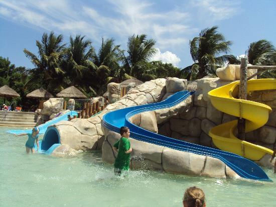Sandos Caracol Eco Resort: L'aquapark