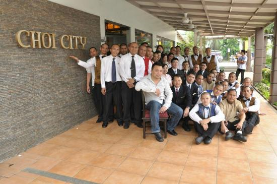 Choi City Seafood Restaurant: Choi City staff