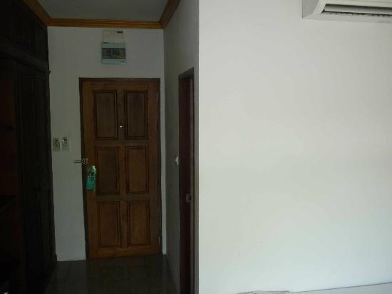 Marina Villa : Entrance