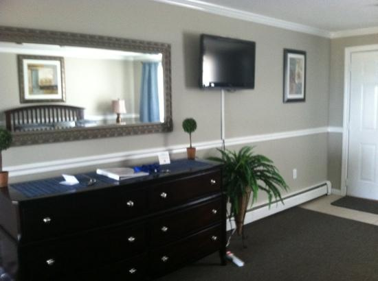Nantasket Hotel at the Beach: room pic 1