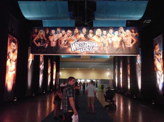 Miami Beach Convention Center : WWE Wrestlemania Axxess 2012