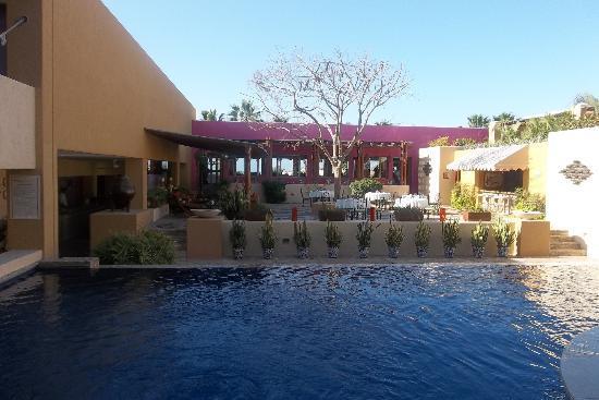 Charming Los Patios Hotel: Vista Desde La Alberca