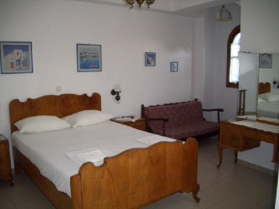 Niki Rooms Apartments: Room in Chora