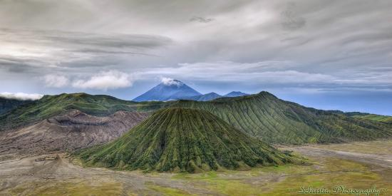 Lava View Lodge : View of Mt. Bromo and the crater