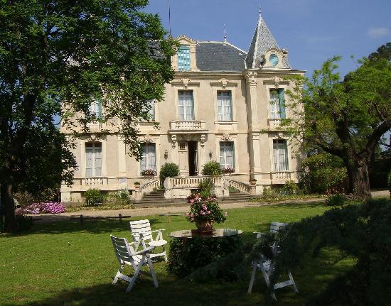 chateau de quarante prices b b reviews france. Black Bedroom Furniture Sets. Home Design Ideas