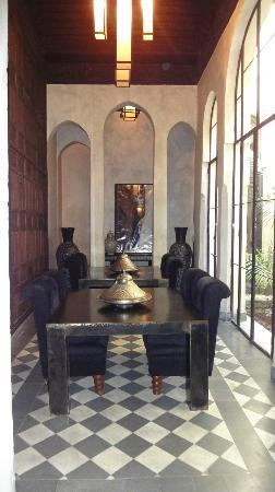 Riad Dar Darma: Downstairs in Riad