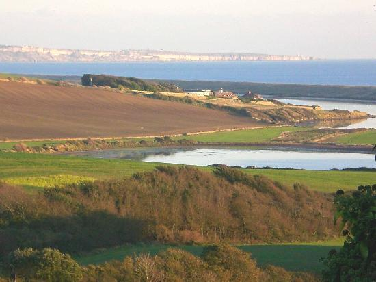 Fullers Earth Dorset B&B: Nearby Chesil Beach and Portland Bill