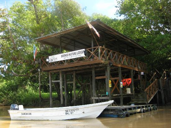Borneo Nature Lodge: The front of the lodge (only reachable by a 5 minute boat ride)