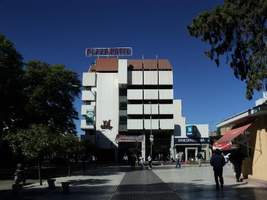 Plaza hotel la rioja argentina opiniones y for Hotel luxury la rioja