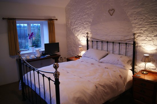 West Blackdown Cottage Bed and Breakfast Photo