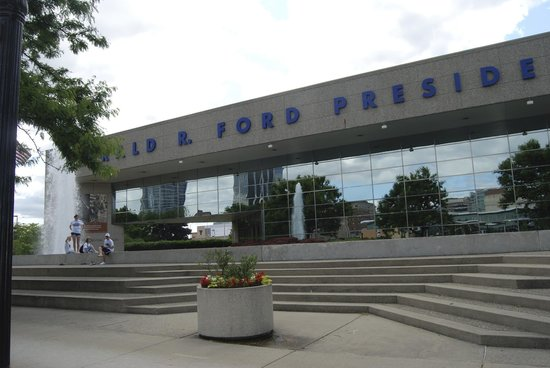 Gerald R. Ford Museum: Ford Presidential Museum