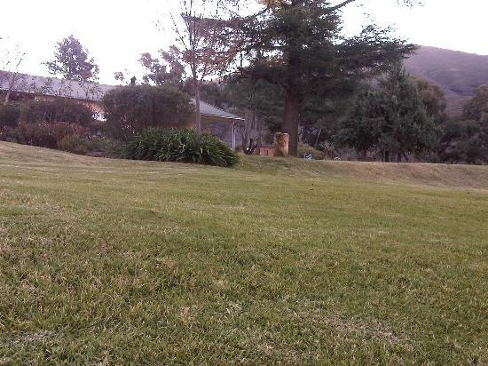 Ramabanta Trading Post Lodge: The lawn