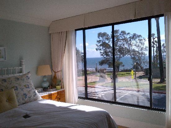 Oceana Beach Club Hotel Beautiful Partial Sea View Room