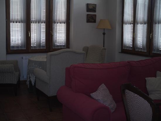 Casa Rural La Mota: Salón