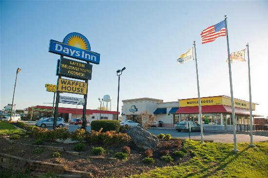 Days Inn Frederick: AMERICAN OWNED AND PROUD OF IT!
