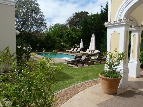 River Manor Boutique Hotel: View from our veranda to pool