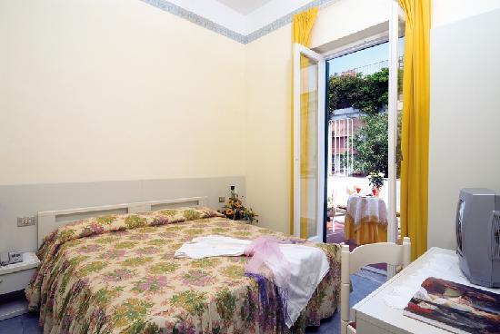 Hotel Villa Diana: camera