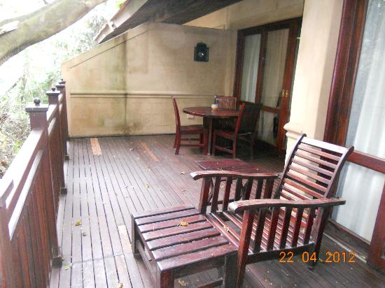Forest Suites Hotel: Outside Deck