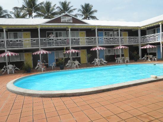 La Maison Creole: Hôtel côté piscine