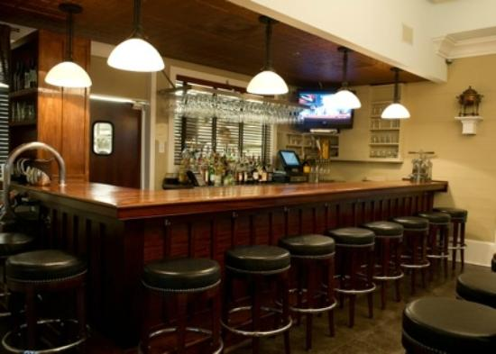 Carter's Kitchen : The Bar
