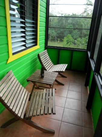 Lower Dover Field Station & Jungle Lodge: Rasta Cabana Verandah