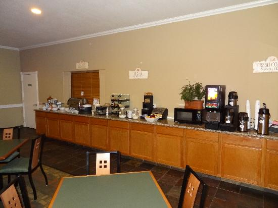 Best Western Hebbronville Inn: Start your day with our great breakfast!