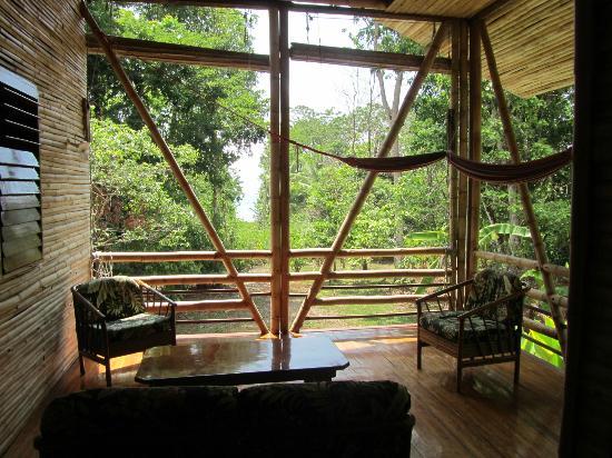 Casa Bambu Resort: Porch