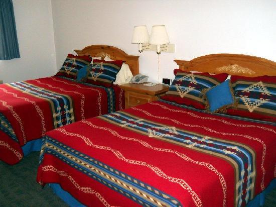 Konkapot Lodge: Guest Room