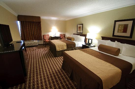 BEST WESTERN Johnson City Hotel & Conference Center: Double Queen Room