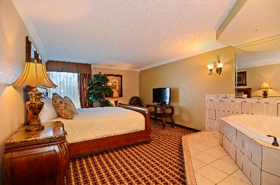 BEST WESTERN Johnson City Hotel & Conference Center: Royal Crown Suite