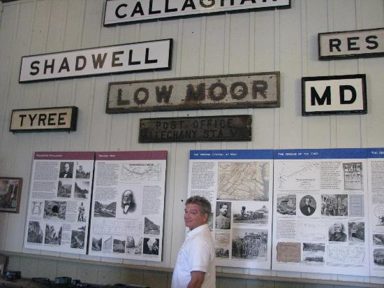 C & O Railway Heritage Center: Exhibit area