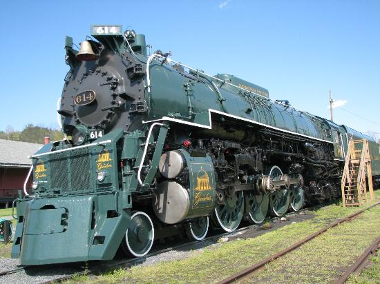 C & O Railway Heritage Center: steam engine