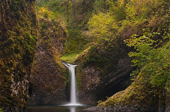 Hood River, OR: Waterfall abound in the beautiful Columbia River Gorge.