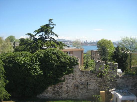 Megara Palace Hotel: View from our terrace to Topkapi