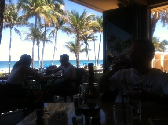 High Quality Patio Bar And Grill: Beachfront At Its Best!