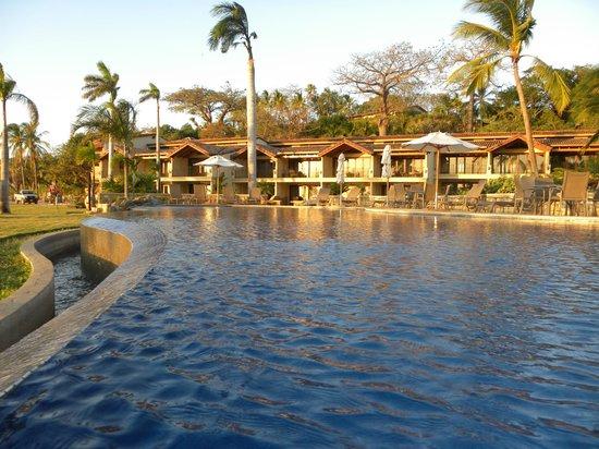 Palms Residence Villas