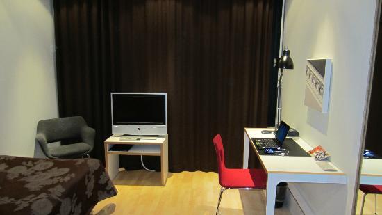 Centro Hotel Turku: room1