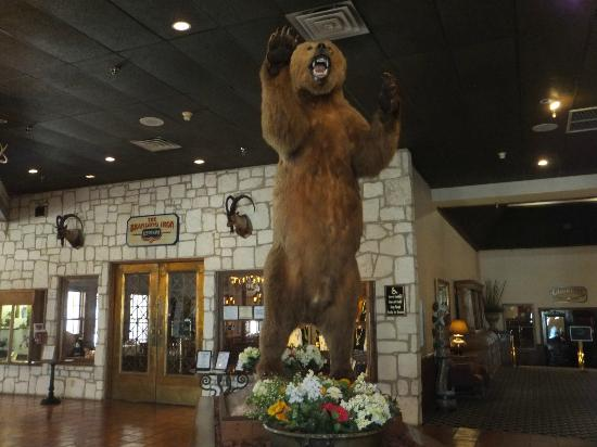 Y O Ranch Hotel & Conference Center: Lobby of YO Resort in Kerrville, TX