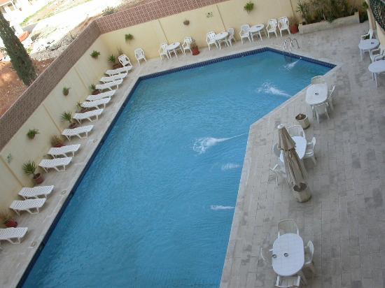 Mariam Hotel: pool
