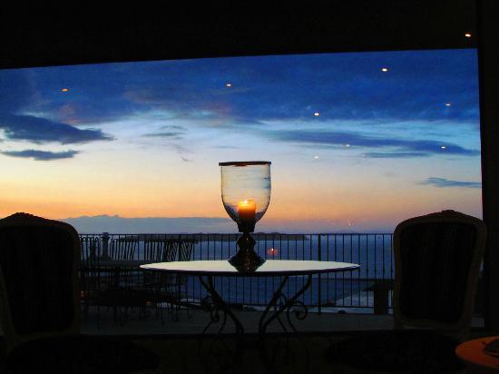 Delamore Lodge: Abendstimmung aus dem Wohnzimmer