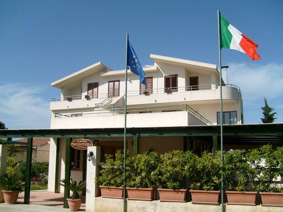 Villa Fiori Beach