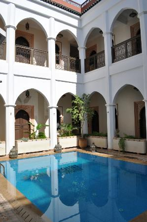 Equity Point Marrakech Hostel: pool area