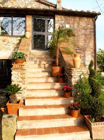 B&B La Duchessa : La reggia scale esterne