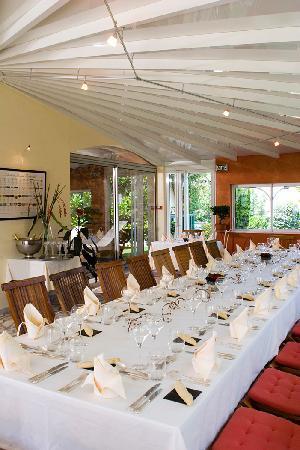 Les Criquets : Table de Banquet