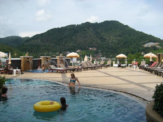 Peach Hill Hotel & Resort: pool